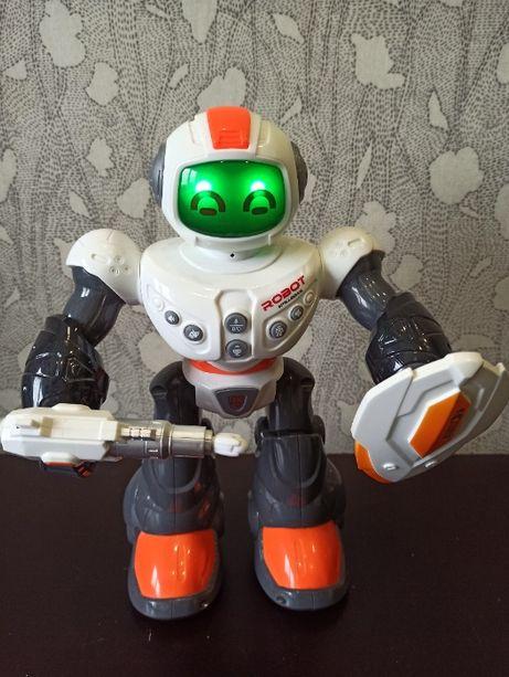 Продаю игрушку-робота