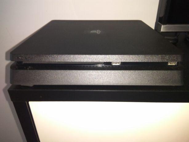 PS4 Playstation 4 Slim 500Gb + Comando Original