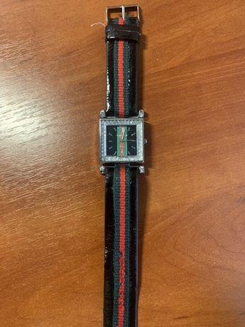 Женские наручные часы Gucci Гучи чёрные