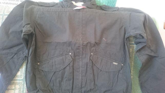 Sprzedam wiosenną kurtkę firmy Levis 100% bawełna XL
