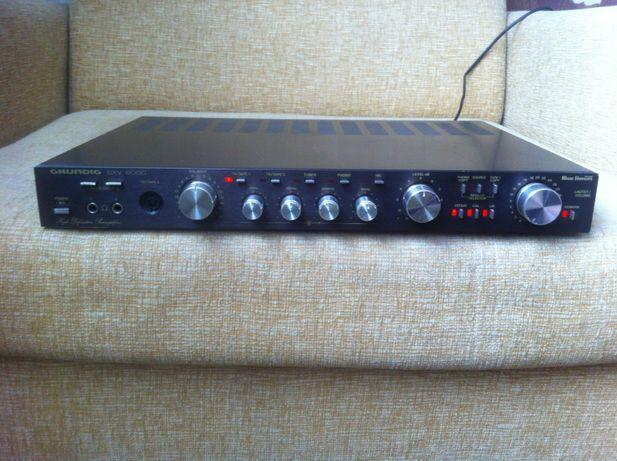 Przedwzmacniacz GRUNDIG SXV-6000