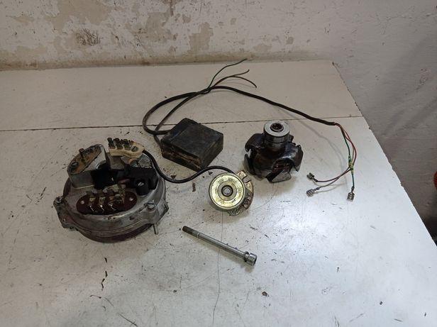 MZ ETZ 251 250, 150, 125 zapłon elektroniczny aparat zapłonowy silnik