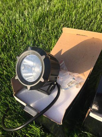 Комплект светодиодных фара - искателей на лодку, квадроцикл или авто
