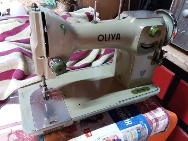 Maquina de Costura Oliva CL 50