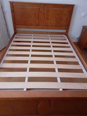Conjunto mobília de quarto em pinho mel