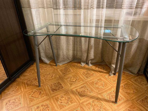 Стол стеклянный Jysk