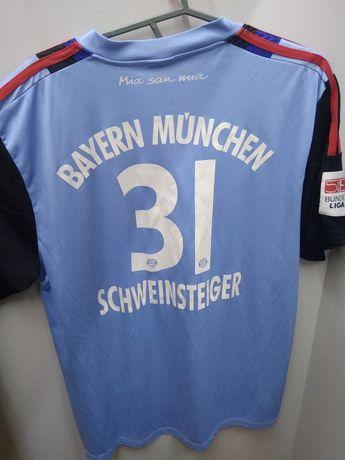 Футбольна футболка Баварії 31 Швайнштайгер