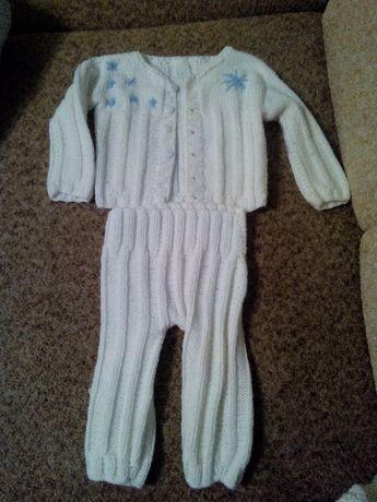 костюм шерсть рост до 75см, (штаны, кофта, шапка), снежинки, 100 руб