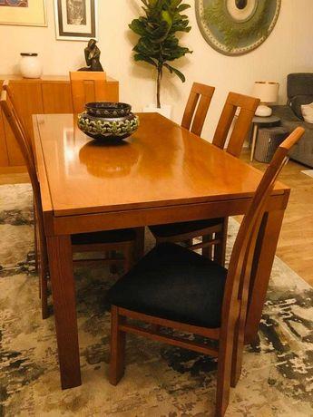 Mesa em madeira Maciça (Castanho) com 6 cadeiras