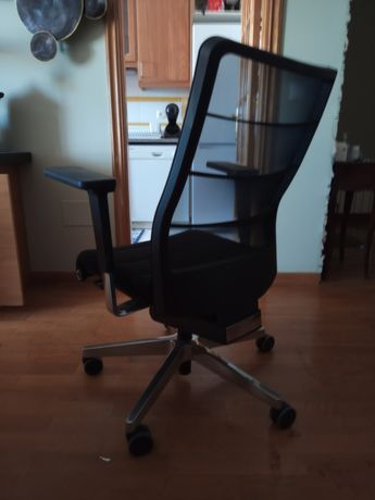 Cadeira de escritório Interstuhl