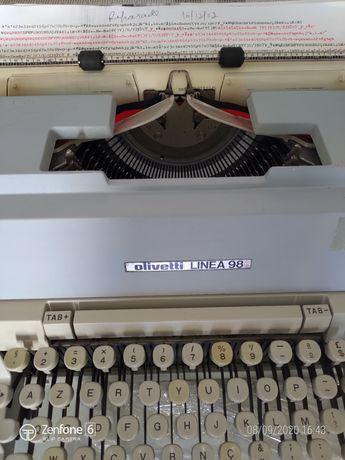 Máquina escrever Olivetti Linea98