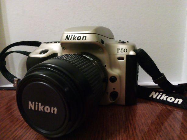 Плёночный фотоаппарат Nikon F50