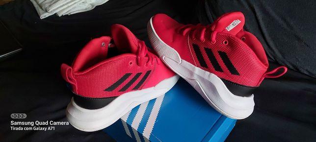 """Bota Ténis Adidas """"adiwear"""""""
