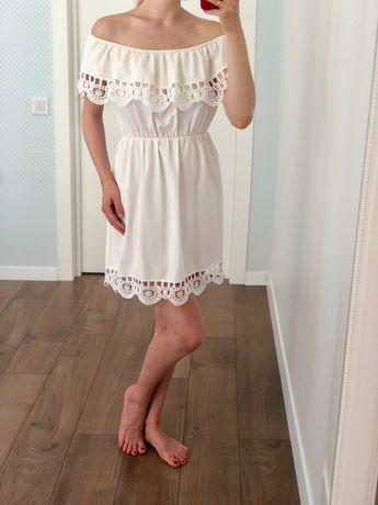 Очень красивое летнее платье в идеальном состоянии! Размер S. 100 грн!