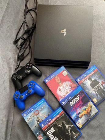 PS4 Pro 1 TB + 2 геймпада + 19 игр