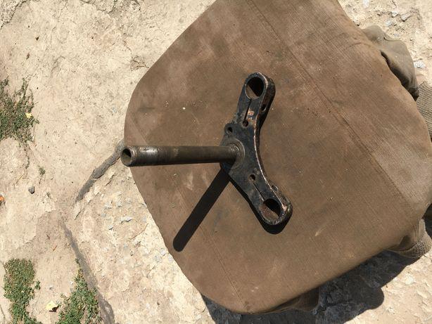 Продам Траверса нижняя вилки мотоцикла ЯВА Чезет идеал Чехословакия