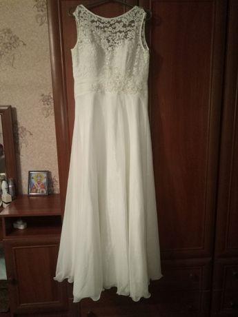 Продам сукню в ідеальному стані
