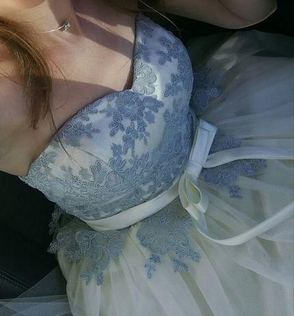 Продам шикарное выпускное/для свидельници платье(НОВОЕ)