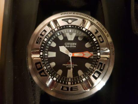 CITIZEN BJ8050-08E professional diver ss-wr300m pro diver 6mm crystal