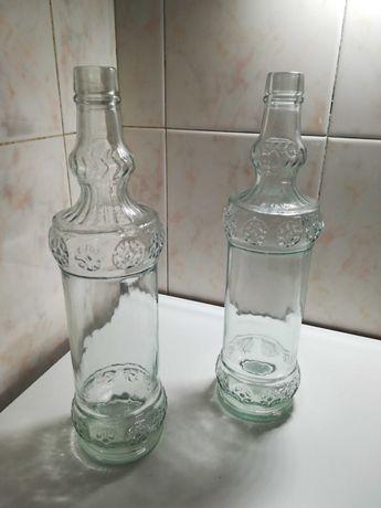 Vendo 2 garrafas vidro