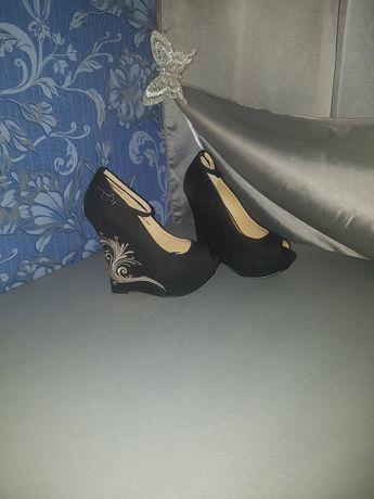 Туфли Queen на платформе