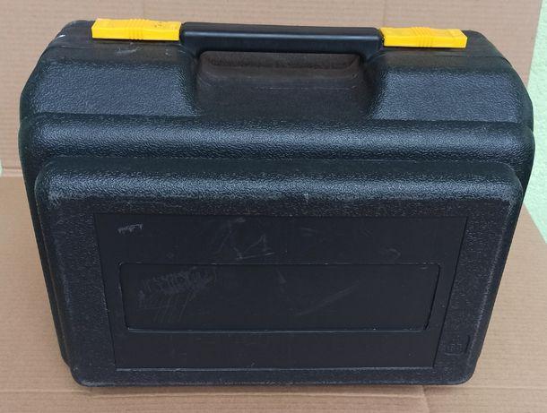 Skrzynka narzędziowa walizka na pilarkę tarczową MacAllister