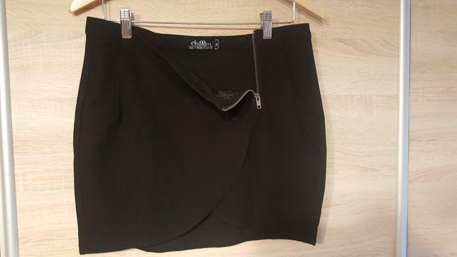 Czarna spódniczka mini, z ekspresem! Polecam!