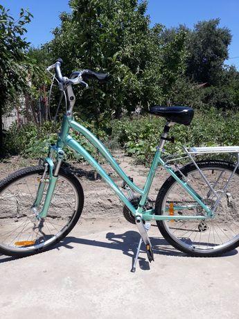 Велосипед Giant Sedona w