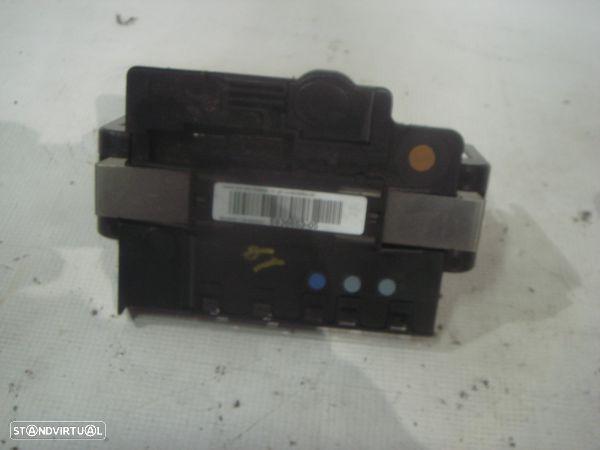 Módulo De Distribuição De Energia Da Bateria Bmw 1 (E87)