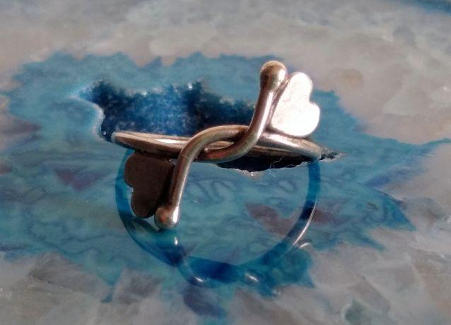 Stary srebrny pierścionek Rytosztuka serca unikat