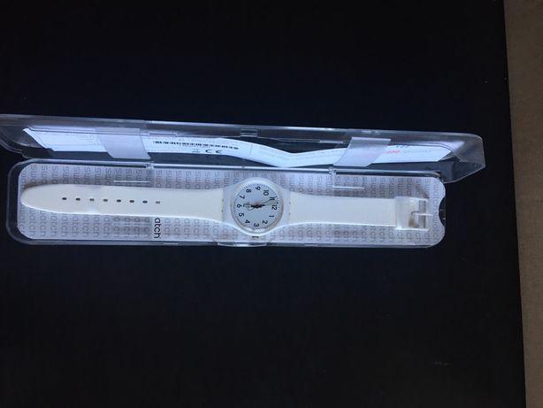 Zegarek biały swatch