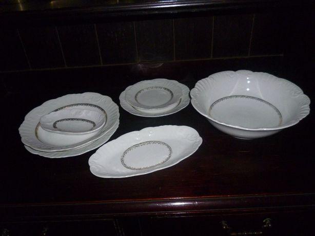 Serviço ou conjunto de loiça porcelana Vista Alegre anos 60