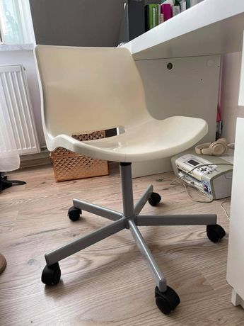 Krzesło biurowe obrotowe Ikea białe