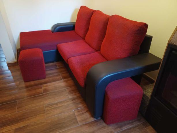 Sofá chaise longue com 2 puffs