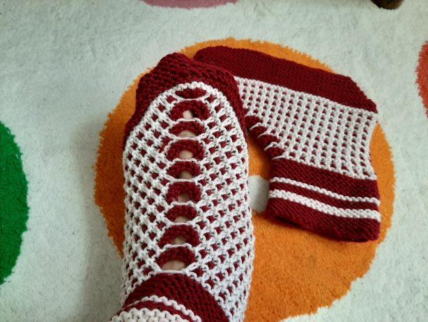 Kapcie laczki włóczkowe handmade wzory ażurowe domowe