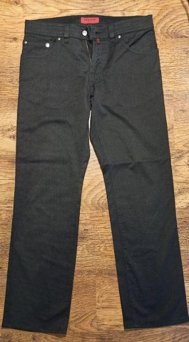 spodnie Pierre Cardin, W33, L32, czarne Nisko - image 1