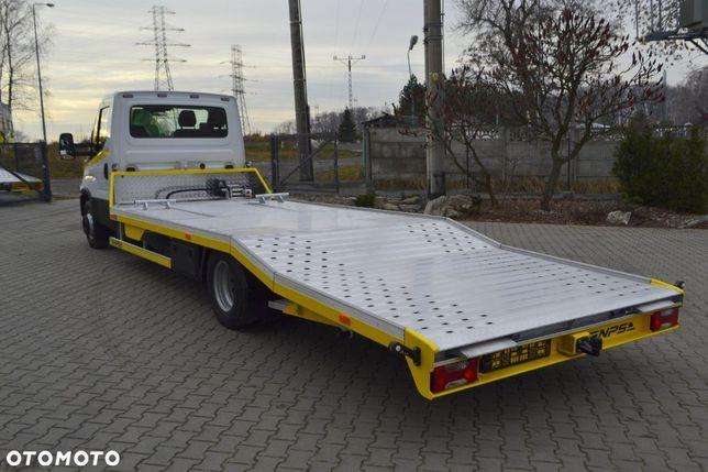 Iveco Daily  7,2t Dmc 70c18 Laweta Do Przewozu Wysokich Pojazdów