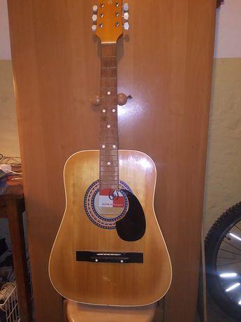Gitara akustyczna Defil.