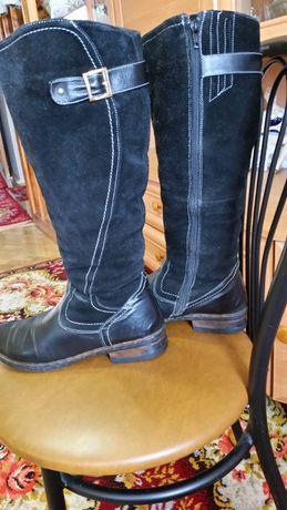 Продам шкіряні зимові чоботи 39р