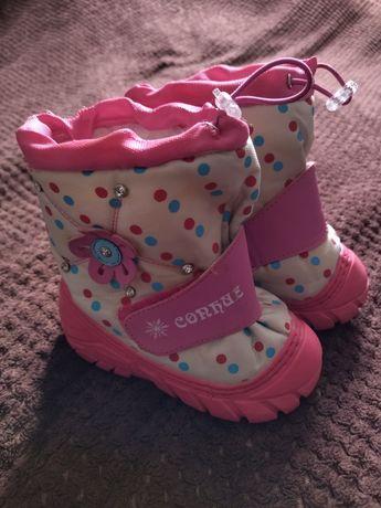Зимові черевички на овчинці.