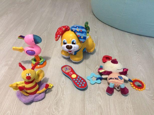 Zabawki interaktywne piesek clementoni pilot przyssawka