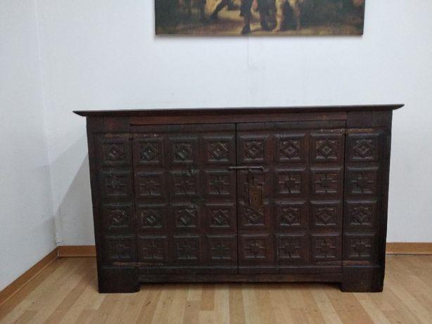 Móvel Aparador centenário em madeira único século 18