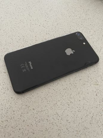 Czarny Iphone 8 plus