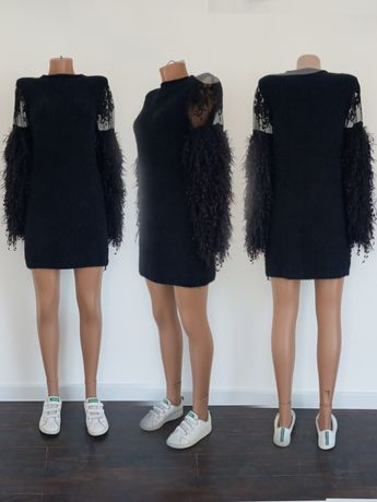 Оригинальное чёрное трикотажное платье. Размер S.
