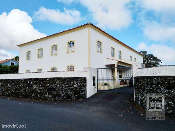 Ref. 3458048 - Apartamento T2 com garagem - Terra Chã, Angra do Her...