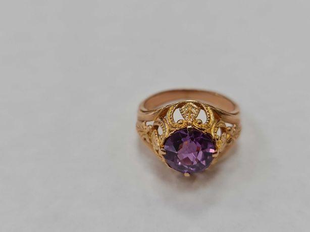 Wyjątkowy złoty pierścionek damski/ Radzieckie 583/ 5.69 gram/ R16
