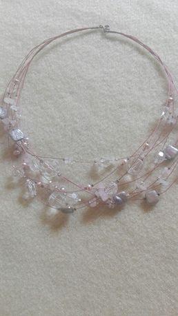 Naszyjnik z koralikami Swarovskiego i perełkami