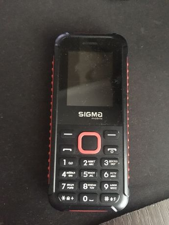Телефон Sigma mobile X-style 18 Track Dual Sim Black/Red