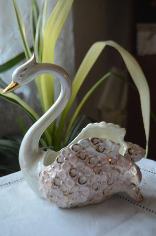 porcelana łabędź cudo
