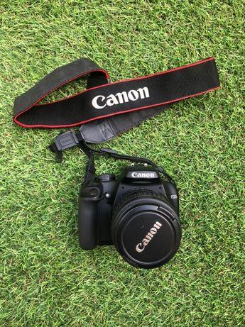 Фотоаппарат Canon EOS 1000D не рабочий + объектив Canon 18-55 mm